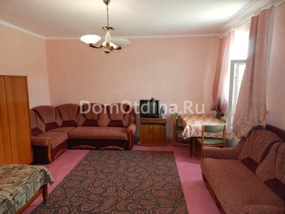 Guest House on Khersonskaya 61