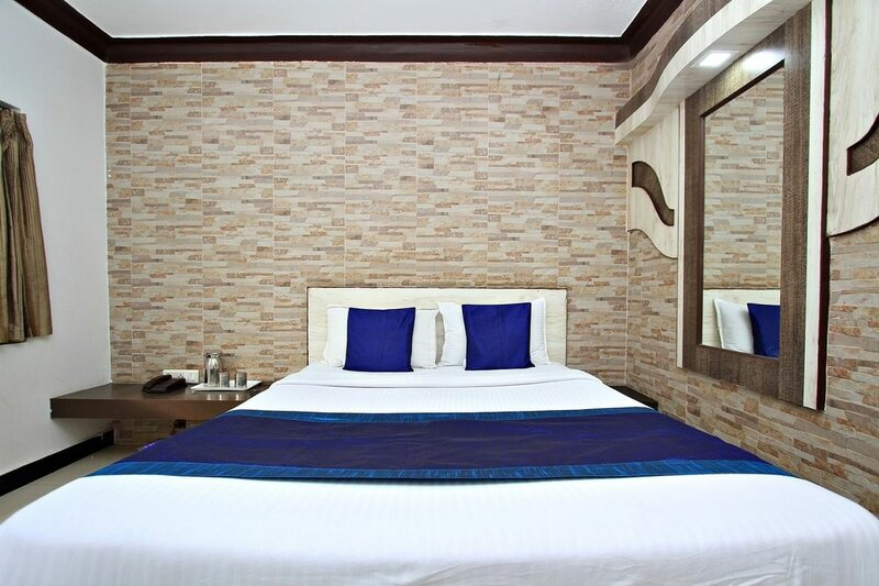Oyo 8736 Hotel Pratham International