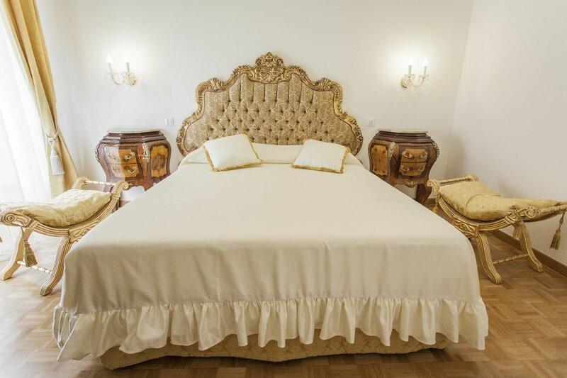 Holiday Home 'suite Sarandrea' in Rome Vatican Saint Peter Area