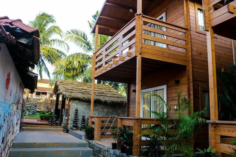 18 Degrees Beach Resort