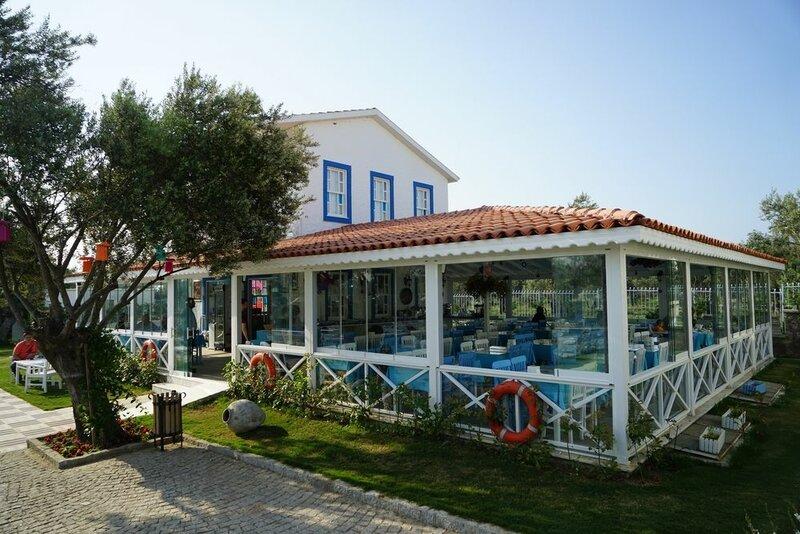 Zeytin Arasi Apart Otel