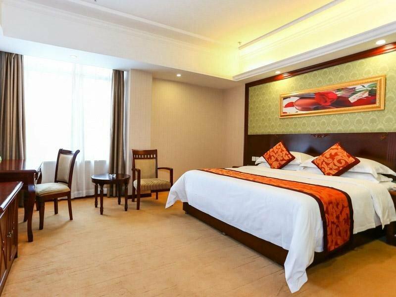 Vienna Hotel Sh Fengxian Nanqiao Jinhai Road