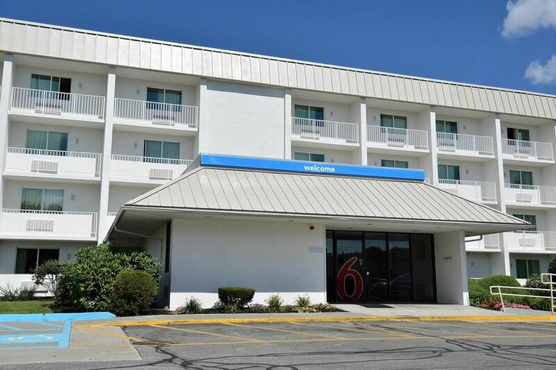 Motel 6 Danvers, Ma - Boston North