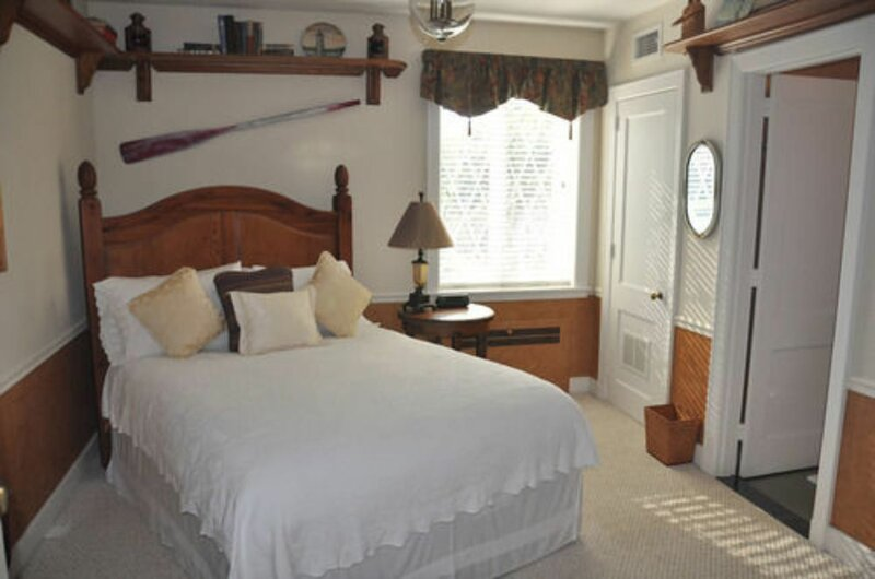 Point Pleasant Inn & Resort