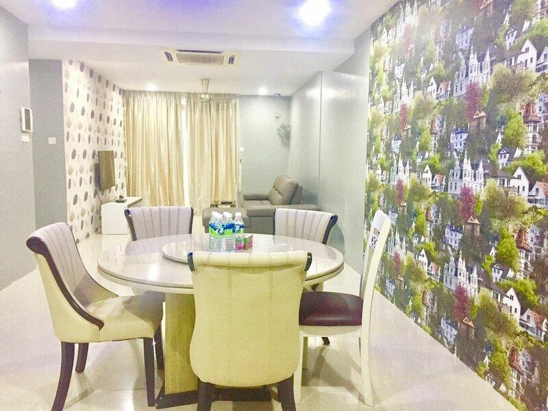 Royal Apartments at Taragon Kl