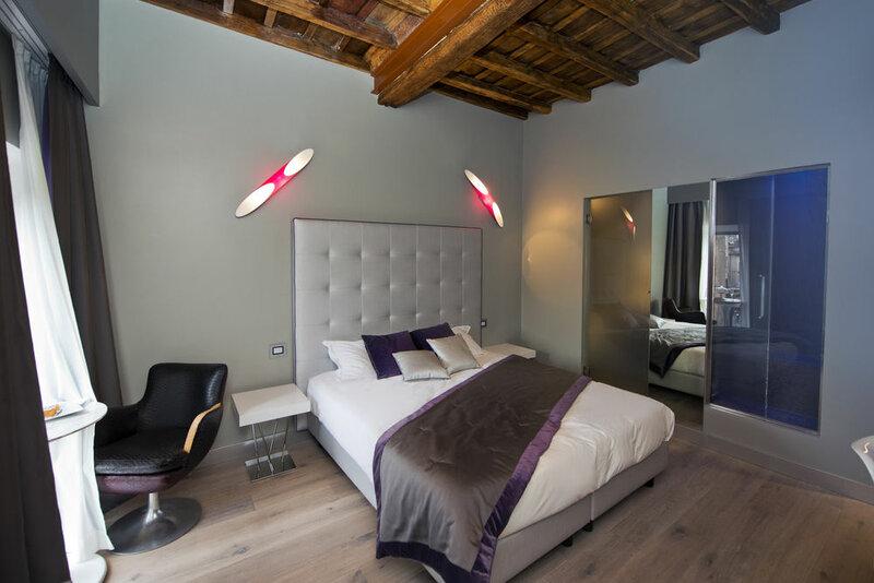Torre Argentina Charming Apartment