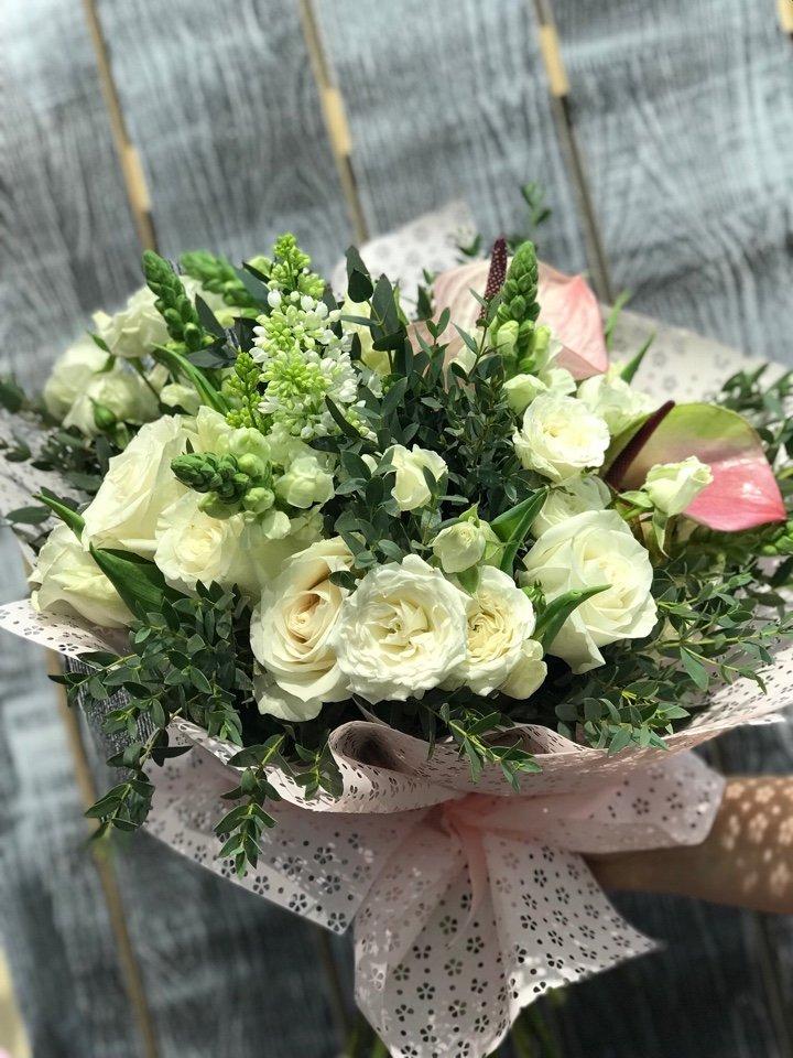 Доставка цветов в городе семей казахстан