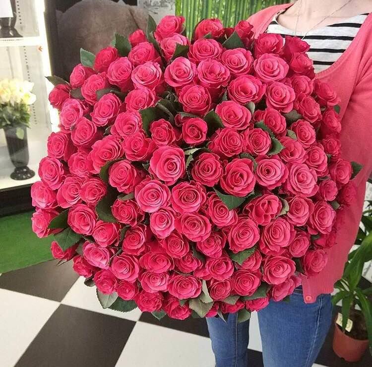 Букеты пионов, цветы оптом 101 розу барнаул