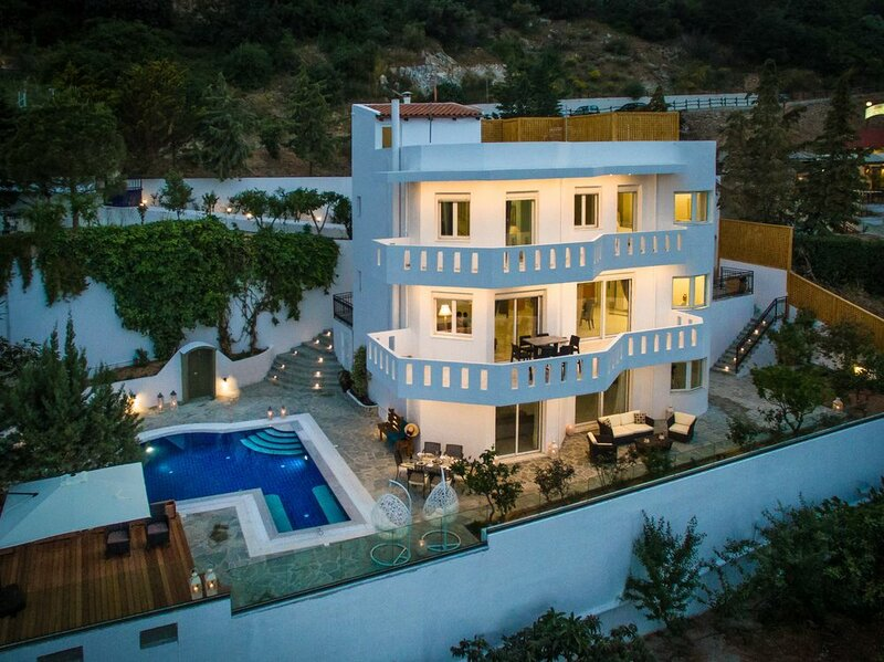 Villa Artemis, Wine Dark Sea Villas