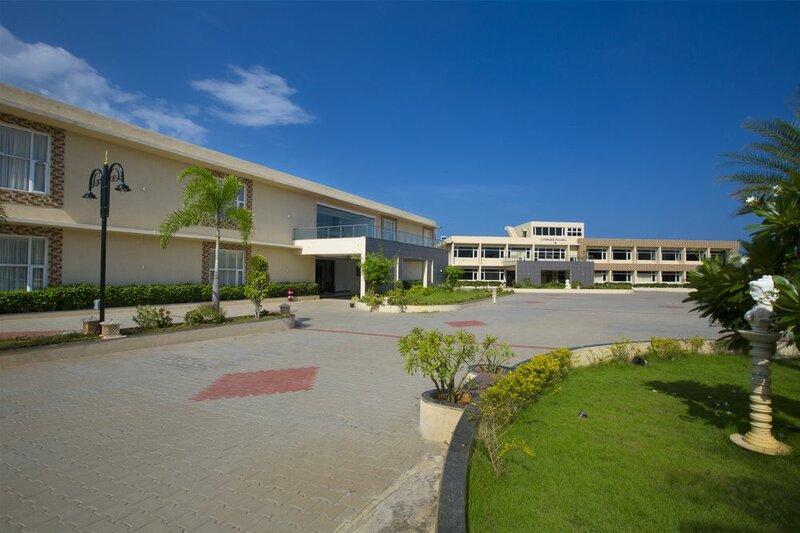Landmark Pallavaa Beach Resort