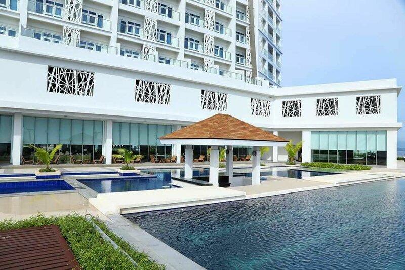 Amazing Seaview Arterra Penthouse