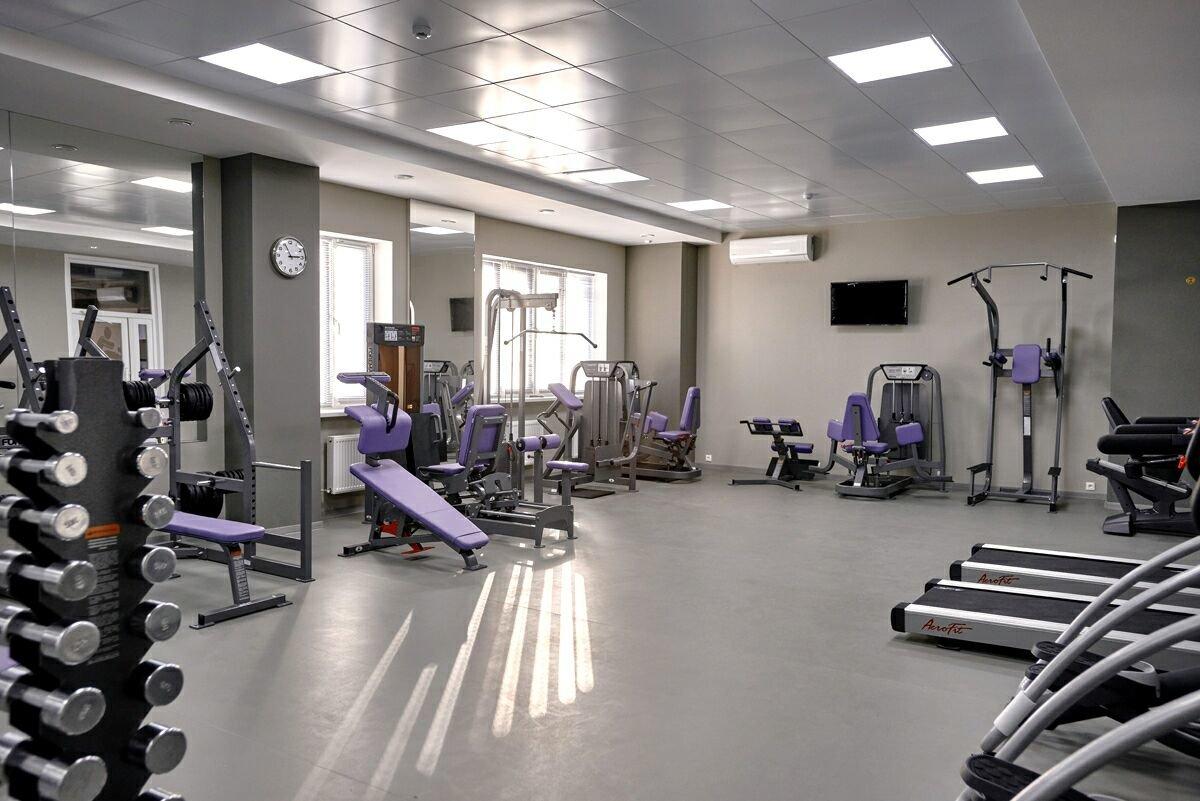 крупнейший спортзалы в александрове фото есть менее известные