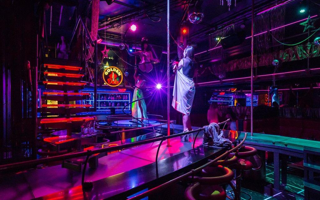 Сервис ночной клуб мужской клуб в москве с интимом