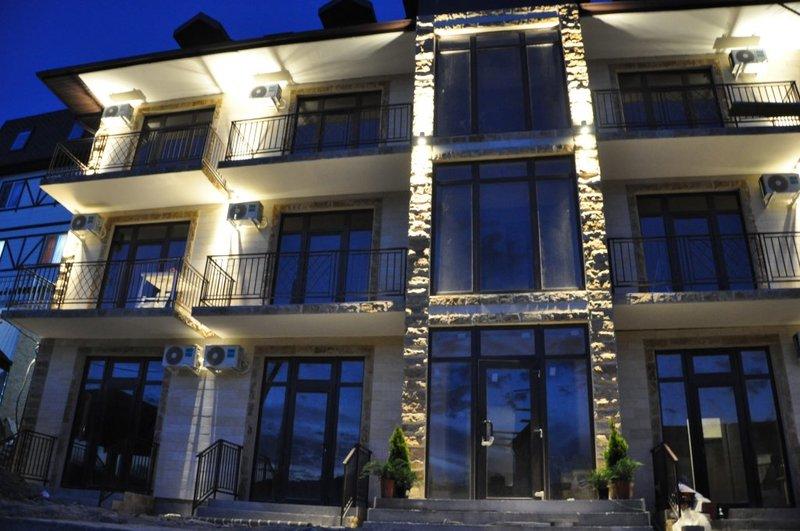 Отель Маленькая Италия