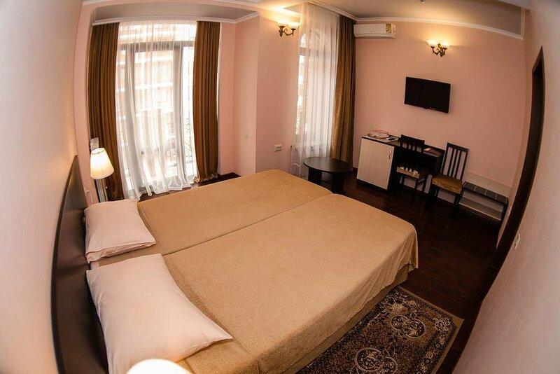 Отель БоНаМи