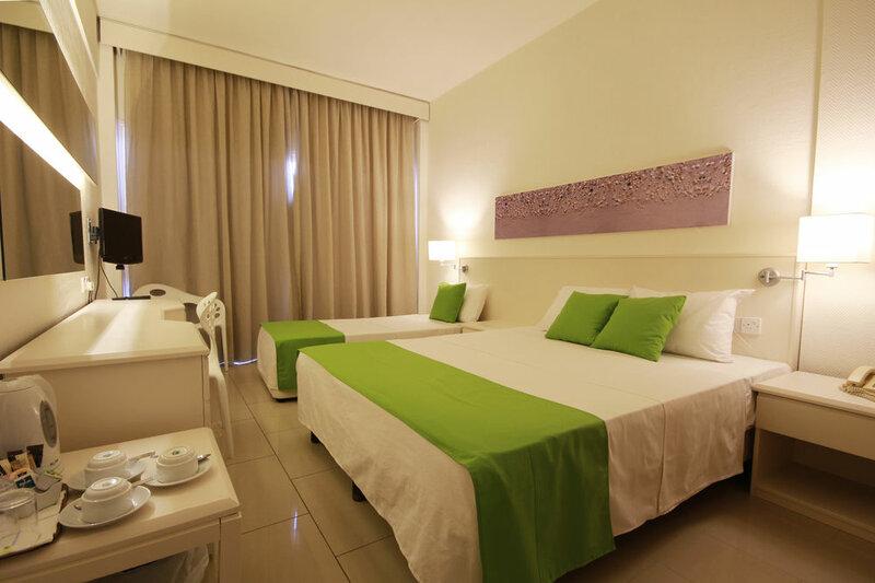 Papouis Protaras Hotel