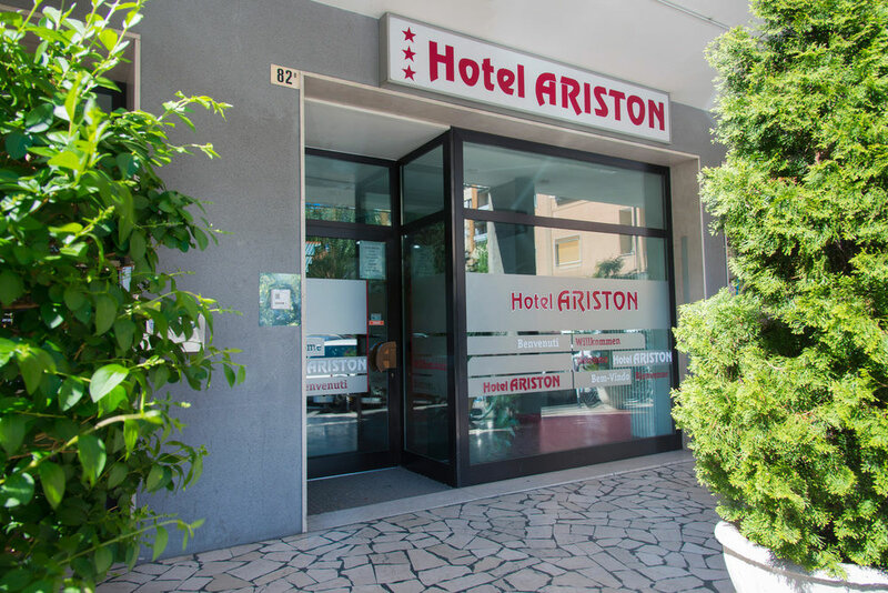 Ariston Apartment
