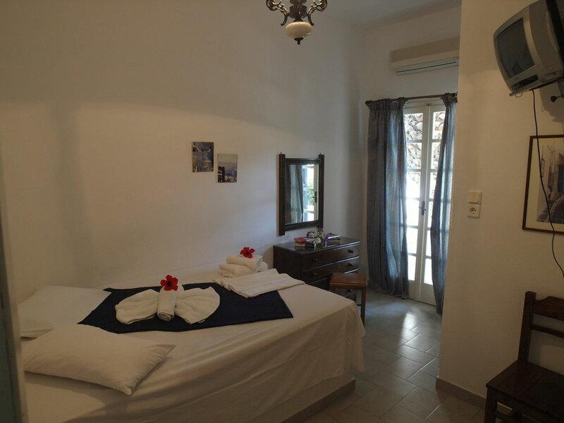 Eden Ios Rooms