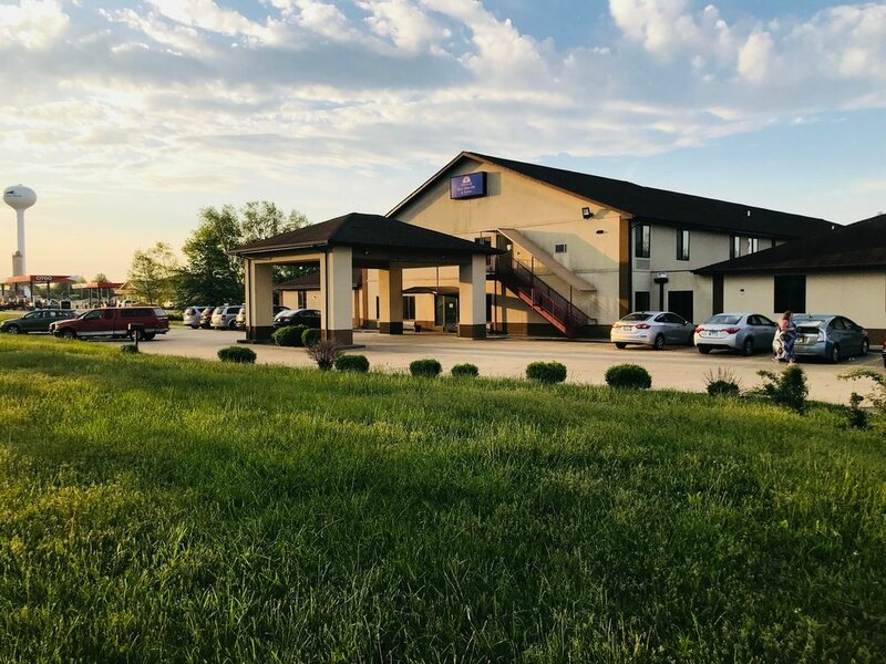 Americas Best Value Inn and Suites Pinckneyville