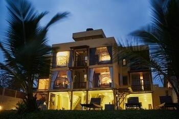 Amanda Beach Villas