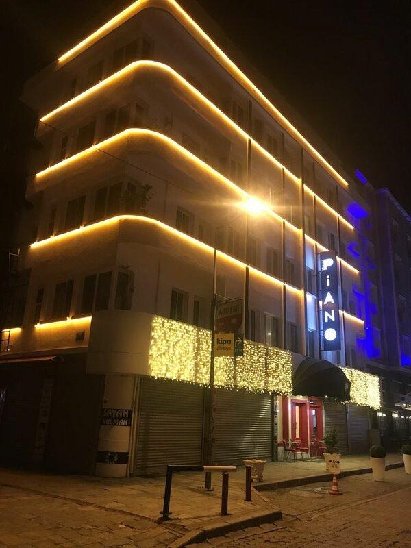 Piano Hotel Izmir