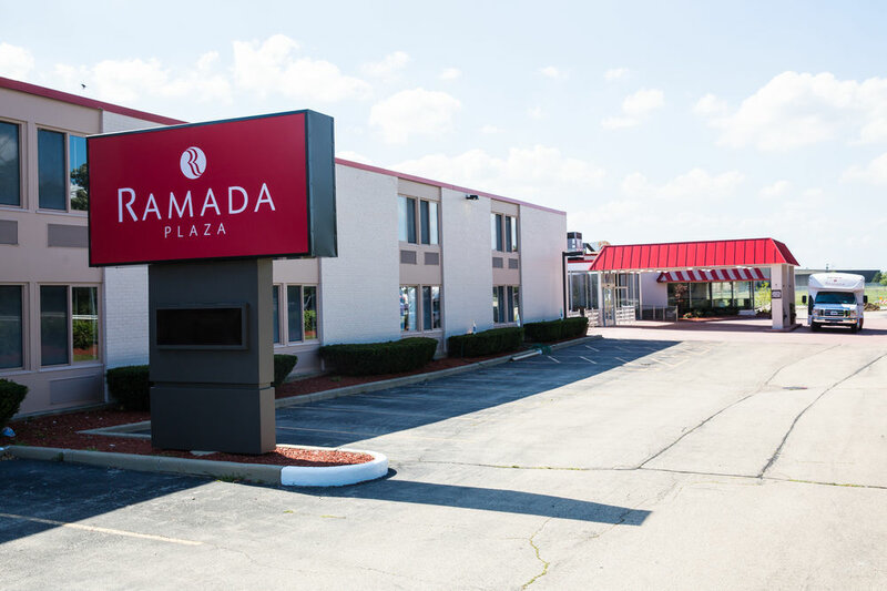 Ramada Plaza by Wyndham Chicago North Shore
