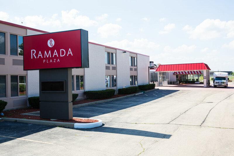 Ramada Plaza Chicago North Shore