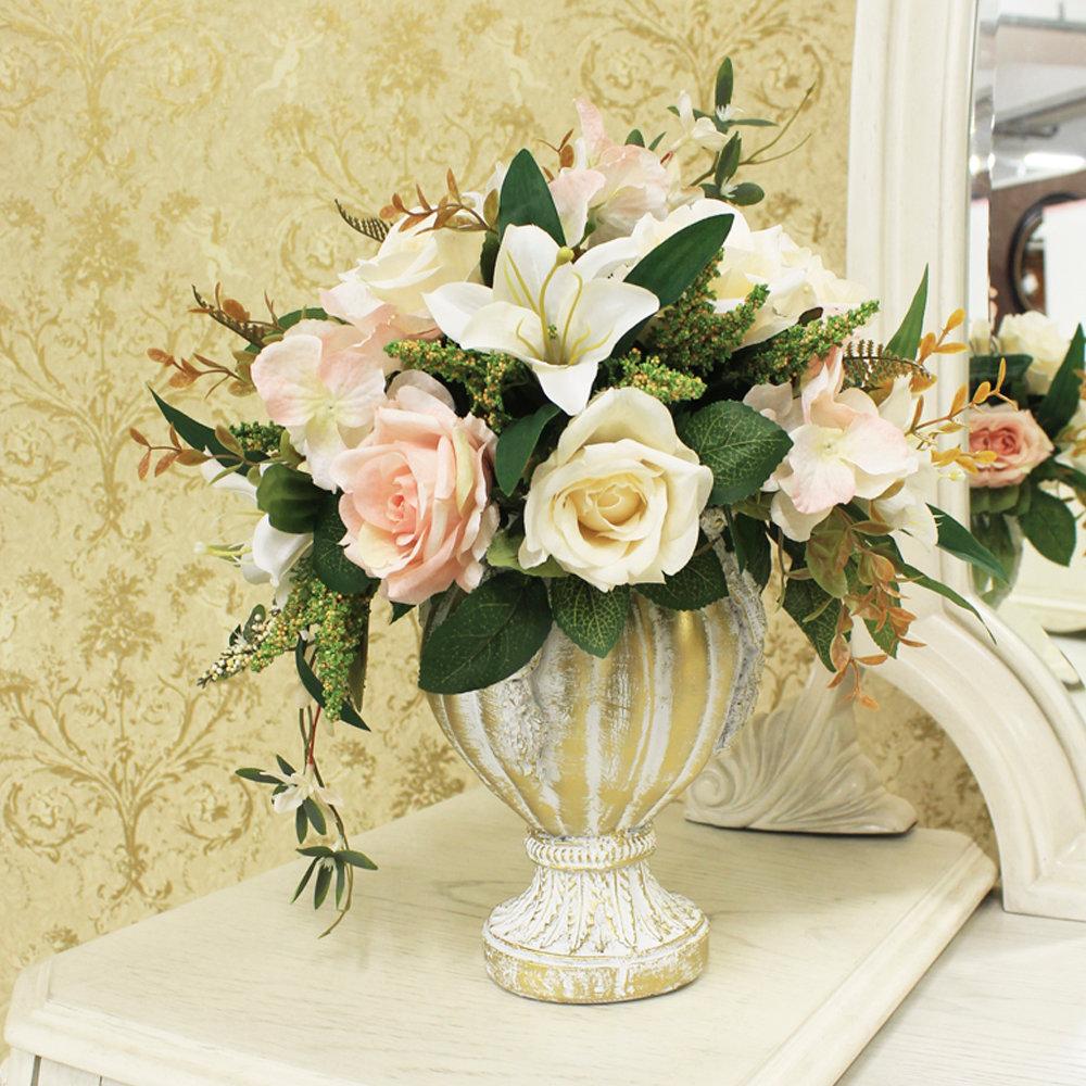 Фото искусственных композиций в вазах