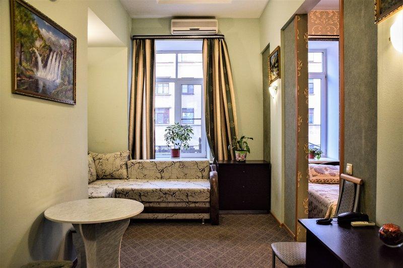 Отель Невский 111