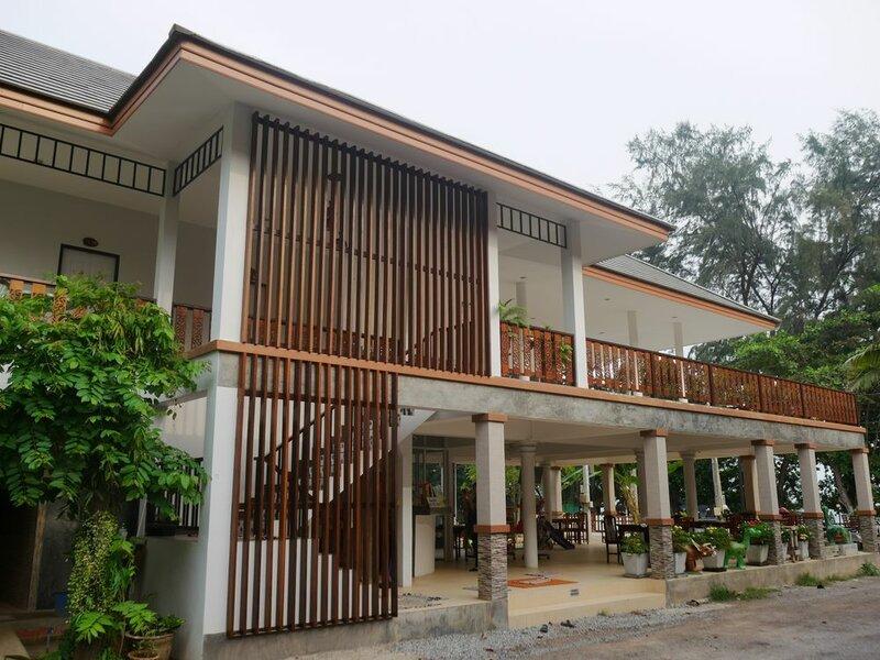 L. O. M. Resort
