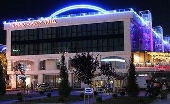 Grand Karot Otel