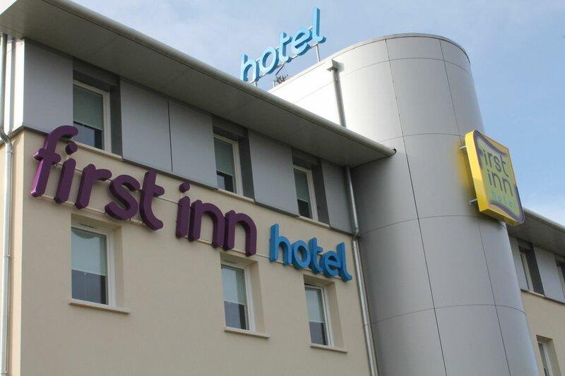 First Inn Hotel Les Ulis