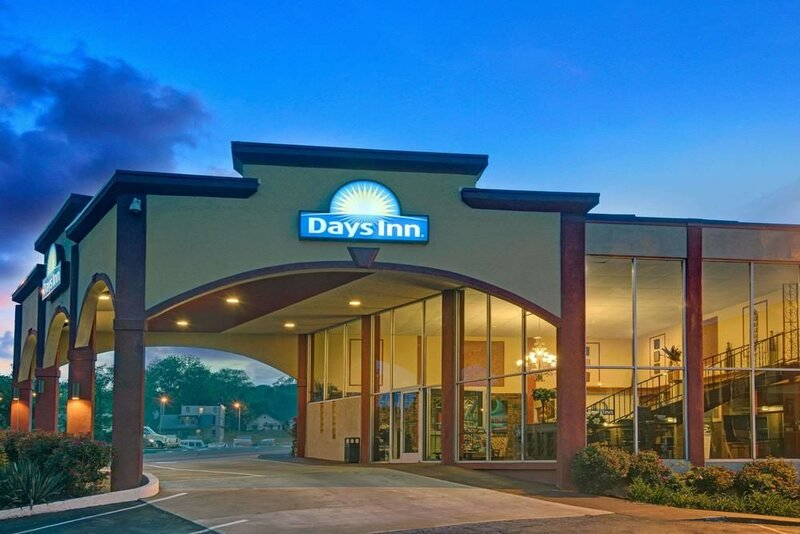 Days Inn by Wyndham Kansas City