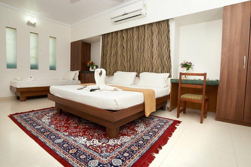 Hotel Sai Sangam