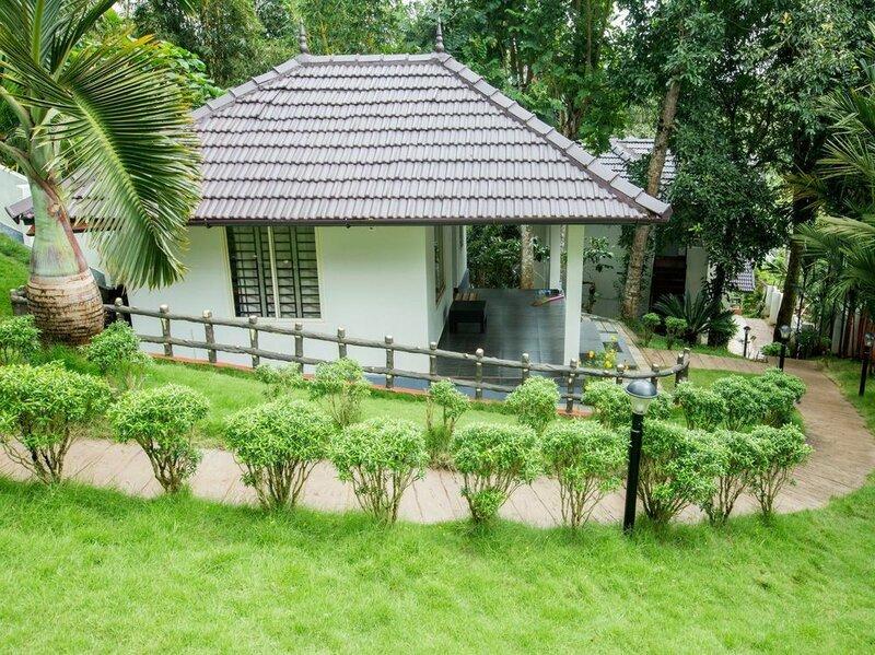 Oyo 9676 Karapuzha Island Resort