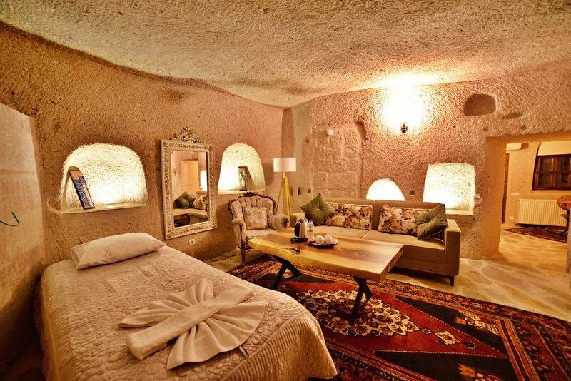 Valley Inn Cave Hotel