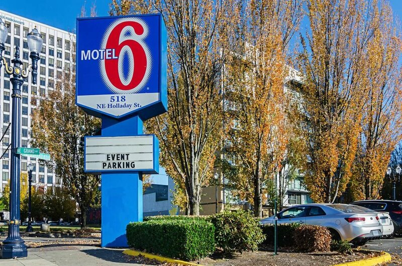 Motel 6 Portland, Or - Downtown