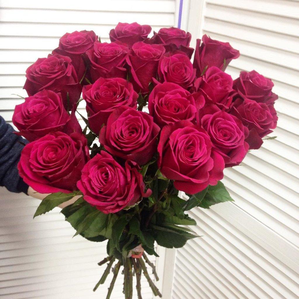пунцовые розы букет фото для дочки моей