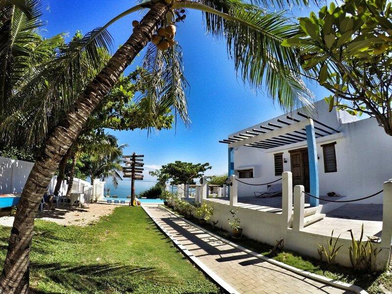 Kandugyap House by The Sea