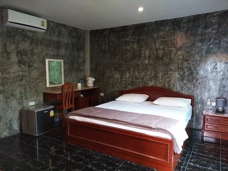 Bann Chansabai Resort
