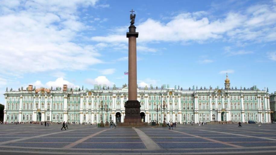 достопримечательность — Дворцовая площадь — Санкт-Петербург, фото №1