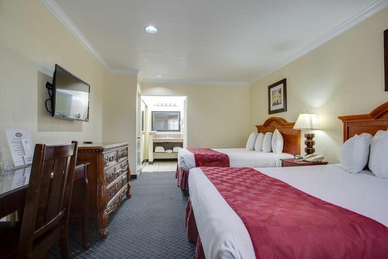 Besthost Inn