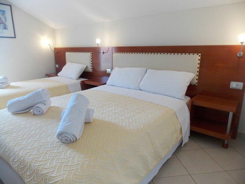 Hotel Veliu