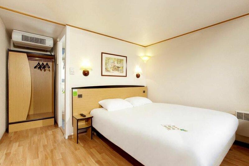 Hotel Campanile Livry Gargan