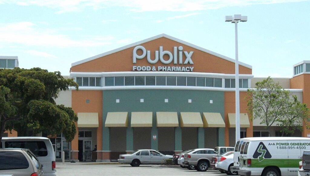 торговий центр — Shops at Skylake — Північний Маямі Біч, фото №1