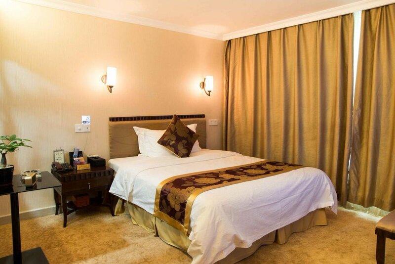 Leizhen Hotel