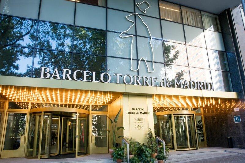 Luxurius Apartment With Huge Balcony at Plaza de España