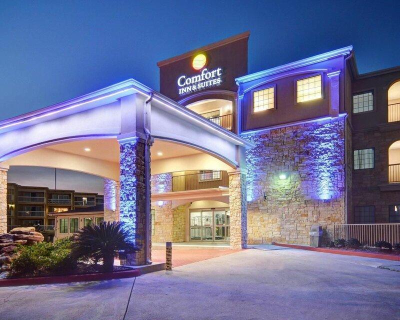 Comfort Inn And Suites Beachfront