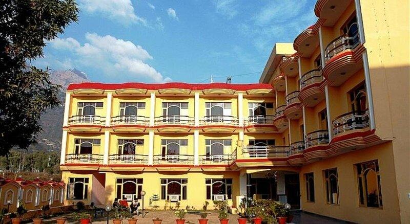 Hotel Kerni Palace