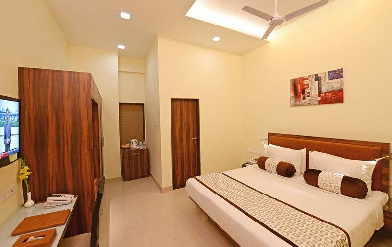VijayaTej Clarks Inn Patna